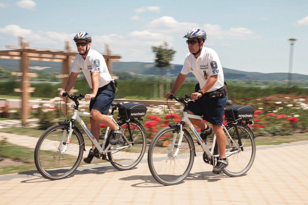 Kerékpáros járőrök