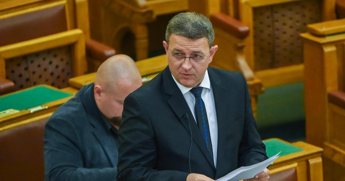 Jobbikos képviselő: a Fidesz vicces emberek pártja