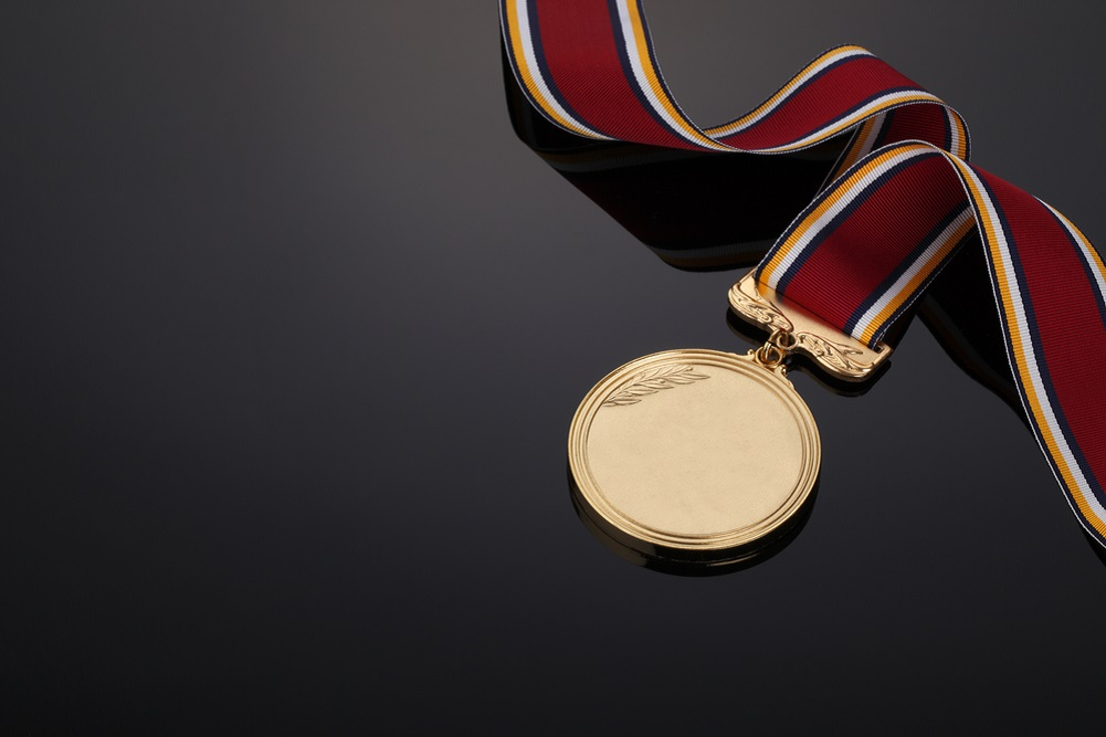 gold medal squared - 800×600