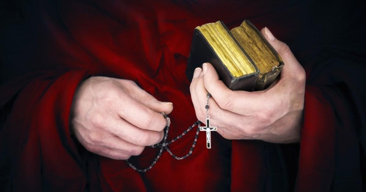 Hetven éve oszlatták fel a szerzetesrendeket